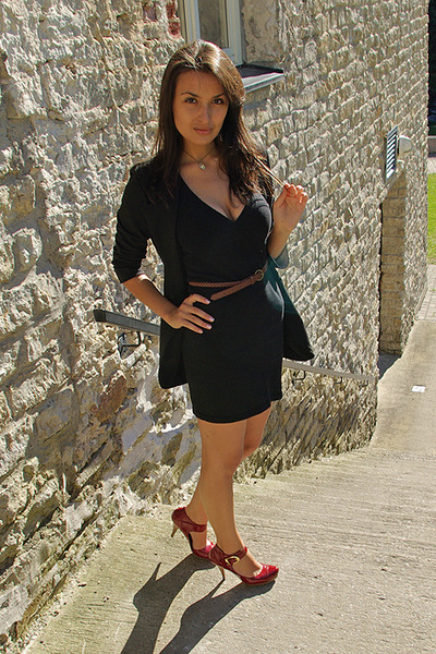 Black Tally Weijl Blazers, Tally Weijl Dresses, Red Shoes, Brown ...