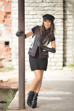 black H&M boots - black H&M dress - black H&M hat - black embroidered H&M vest