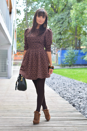 brown Odeon boots - crimson Iris Janvier dress