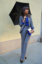 gray lounge suit Zara suit - blue Oviesse shirt - blue two toned pull&bear purse