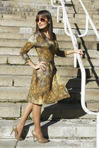 olive green patterned Nicowa dress - tawny H&M sunglasses - camel Zara heels