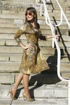 olive green patterned Nicowa dress - tawny H&M sunglasses - camel Zara heels