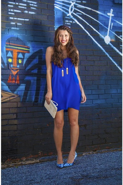 ivory Lucky B Boutique purse - blue Lucky B Boutique dress
