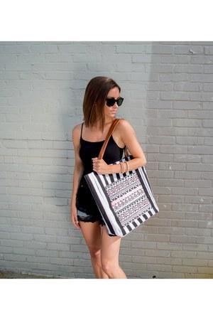 LuckyB Boutique purse