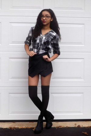 H&M boots - Forever 21 shorts