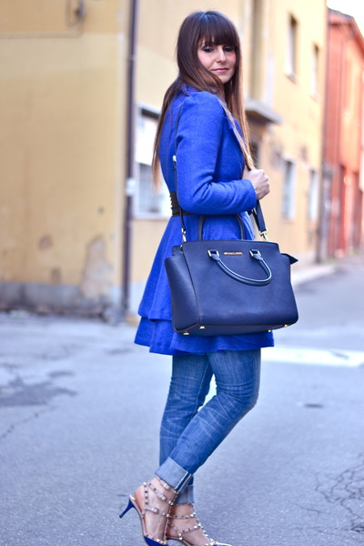 blue PERSUNMALL coat - navy Michael Kors bag - navy Valentino heels