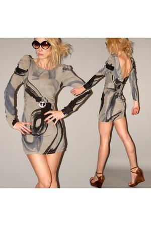 Illionaire dress