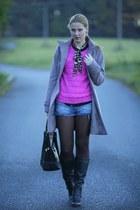 Forever 21 sweater - Deichmann boots - Forever 21 shirt - Zara bag