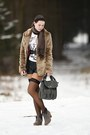 Heather-gray-c-a-boots-camel-faux-fur-tally-weijl-coat-dark-brown-scarf-gr