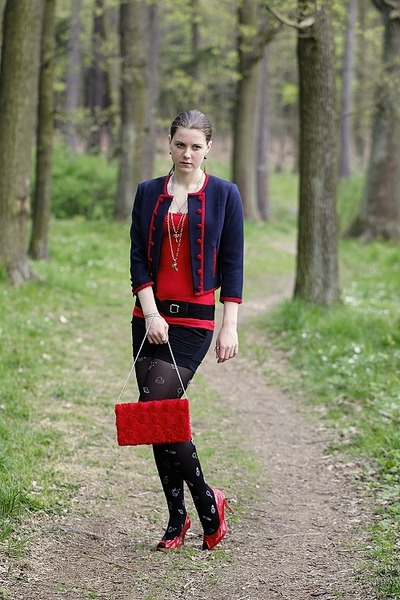 navy H&M blazer - red F&F shirt - black Tally Weijl tights - red H&M purse - red
