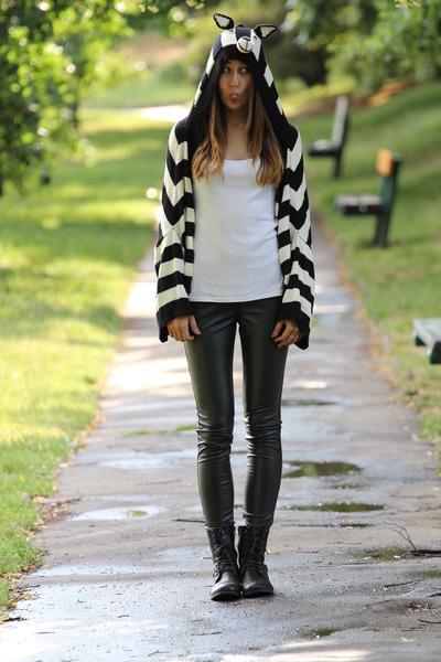 black New Yorker boots - black welovefairgroundcom sweater - black New Yorker le