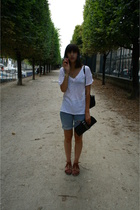 Levis shorts - Et Vous t-shirt - Zara purse - Urban Outfitters shoes