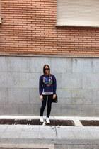 blue Kenzo sweatshirt - Converse sneakers
