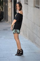 green Zara shorts - black Zara top - black Zara wedges