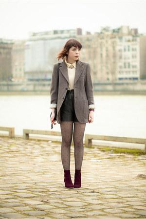vintage blazer - Miu Miu boots - Chloe bag - Urban Outfitters shorts