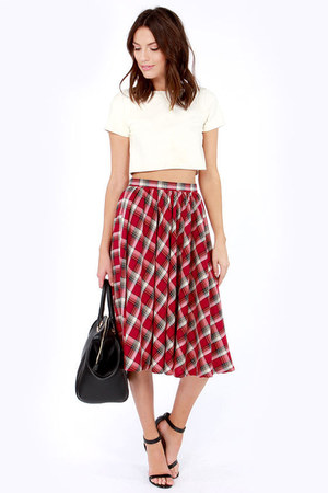 red LuLus skirt