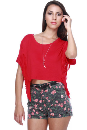 red fringe LuLus t-shirt