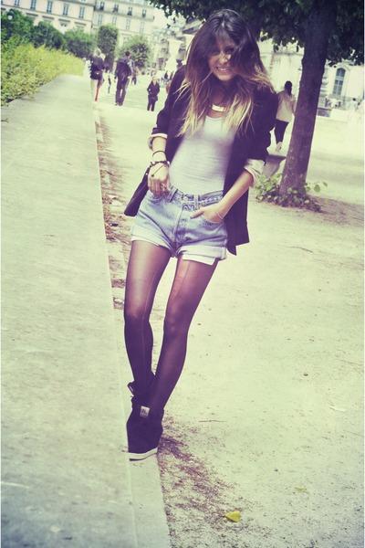 blue Levis shorts - black ASH sneakers