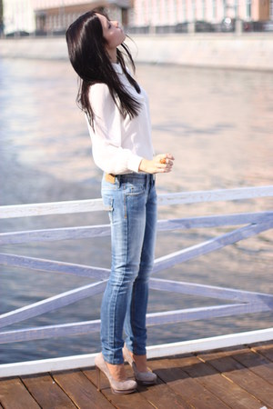 sky blue Mango jeans - white Topshop blouse - mustard Accessorize ring