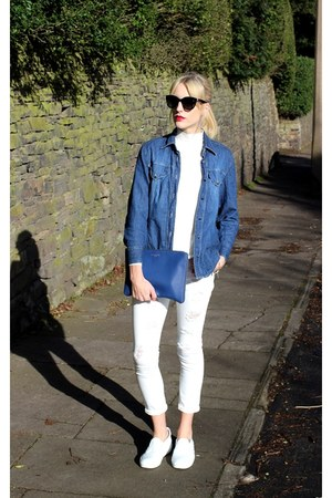 white ripped Missguided jeans - black cat eye Dolce & Gabbana sunglasses