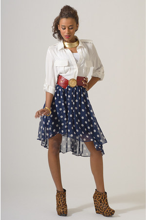 boutique brand skirt