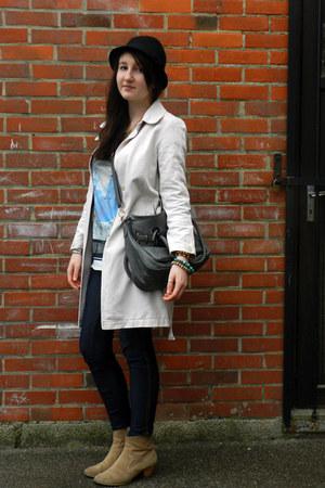 tan Naf Naf boots - ivory Comptoir des Cotonniers coat - black vintage hat