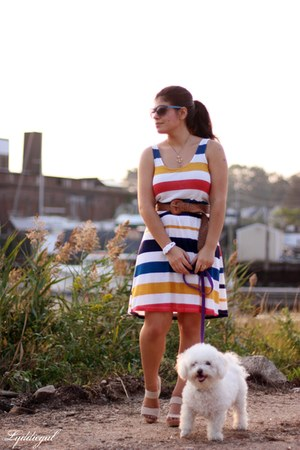 ruby red stripes Urban Outfitters dress - navy Old Navy sunglasses