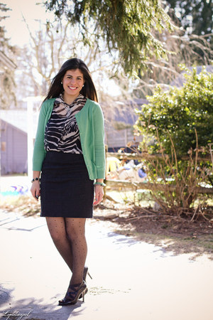 H&M cardigan - adrienne vittadini shoes - polka dot Gap tights