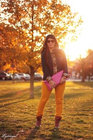 mustard Gap pants - Steve Madden boots - navy Gap blazer