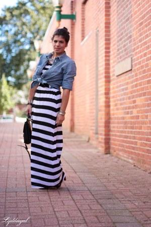 black coach bag - white striped maxi H&M dress
