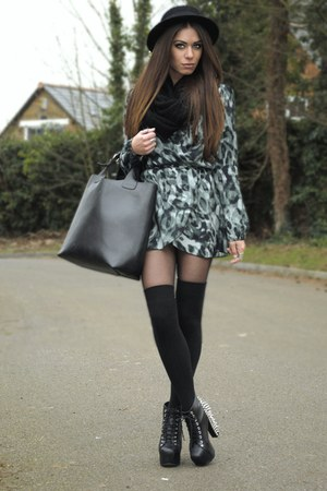black H&M hat - teal inlovewithfashion dress - black Topshop scarf
