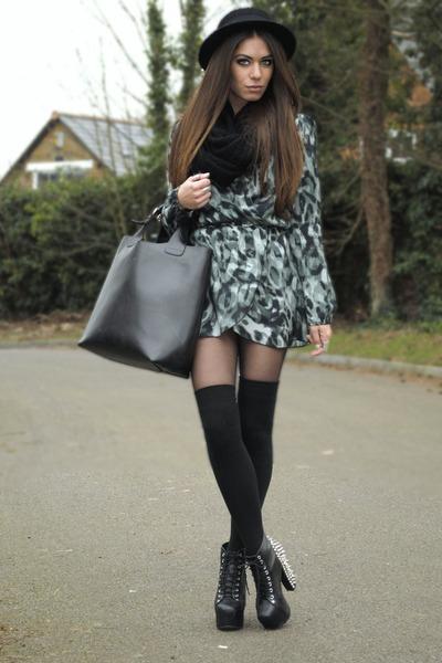 black H&M hat - teal inlovewithfashion dress - black Topshop scarf