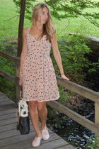 pink lulus dress - black Urban Outfitters purse