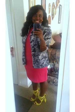hot pink dress - navy blazer - light yellow Zara heels