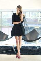 la morenita necklace - serena whitehaven pumps - Manoush skirt