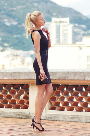 black Mohito dress