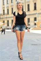 black pull&bear shirt - black Bershka bag - navy Zara shorts - black Quazi heels