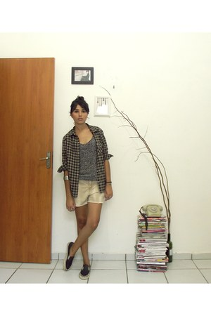 light brown flanela blouse - heather gray flanela blouse - black tenis shoes