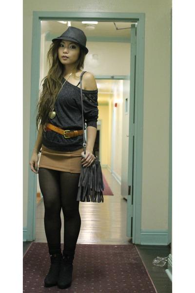 dark gray f21 sweater - black opaque leggings H&M tights - black fringed bag H&M