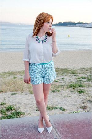white Only shirt - sky blue blackfive shorts