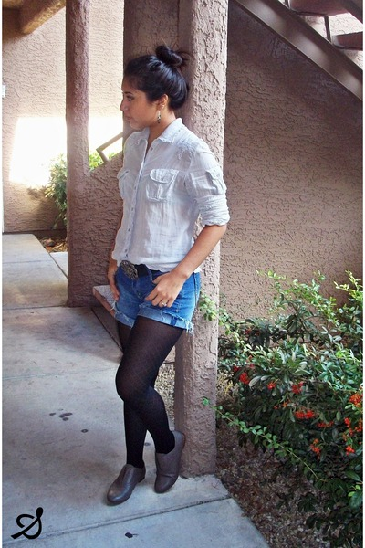 charcoal gray oxford shoes - black tights - denim shorts - silver blouse
