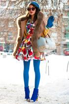 NooNah dress - beige fur Chicwsh cape