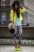 neon yellow Zara blazer - feathers print Bam Bam leggings