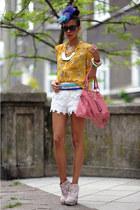 cheetah animal Senso heels - romwe shirt - lace crochet BB&B shorts