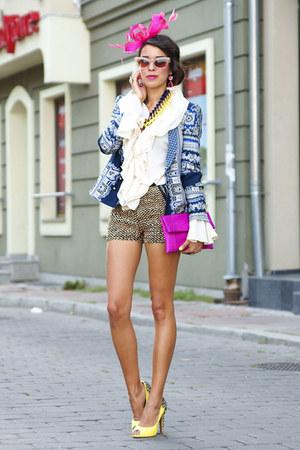Zara blazer - second hand shirt - beginning boutique bag