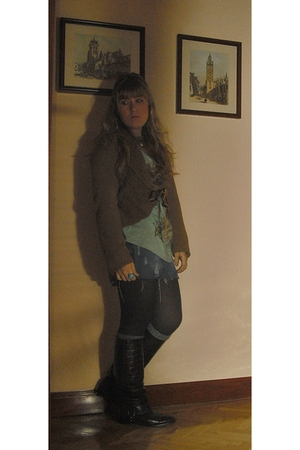 brown Zara boots - gray Forever 21 socks - Bershka skirt - blue Zara t-shirt - b