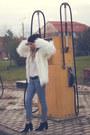 Zara-boots-h-m-jeans-faux-fur-bershka-jacket-mango-blouse