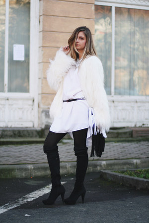 faux fur Bershka jacket - over the knee Mango boots - Confused dress