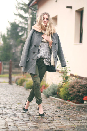 Local store shoes - Stradivarius jeans - Zara sweater