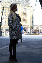 oval Mango coat - Bershka dress